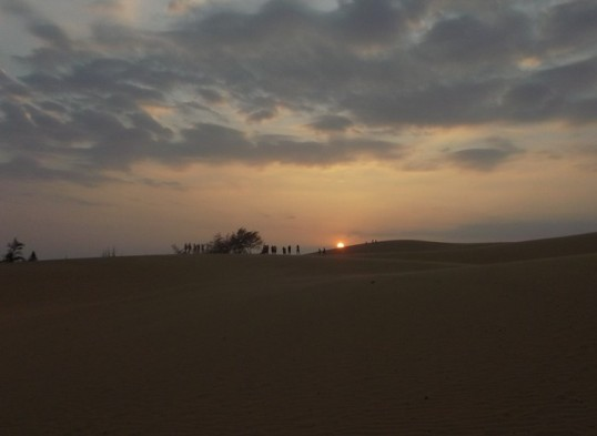 Sunset, Red dunes, Mui Ne.